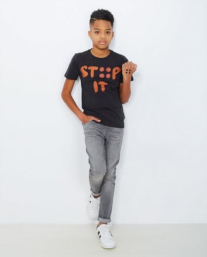 T-shirt stip it